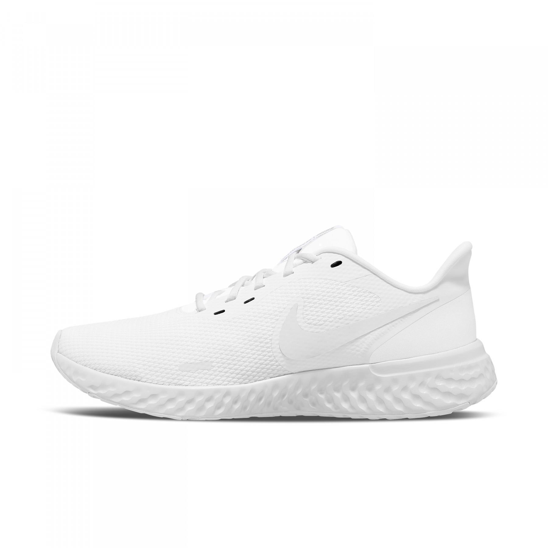 Shoes Nike Revolution 5