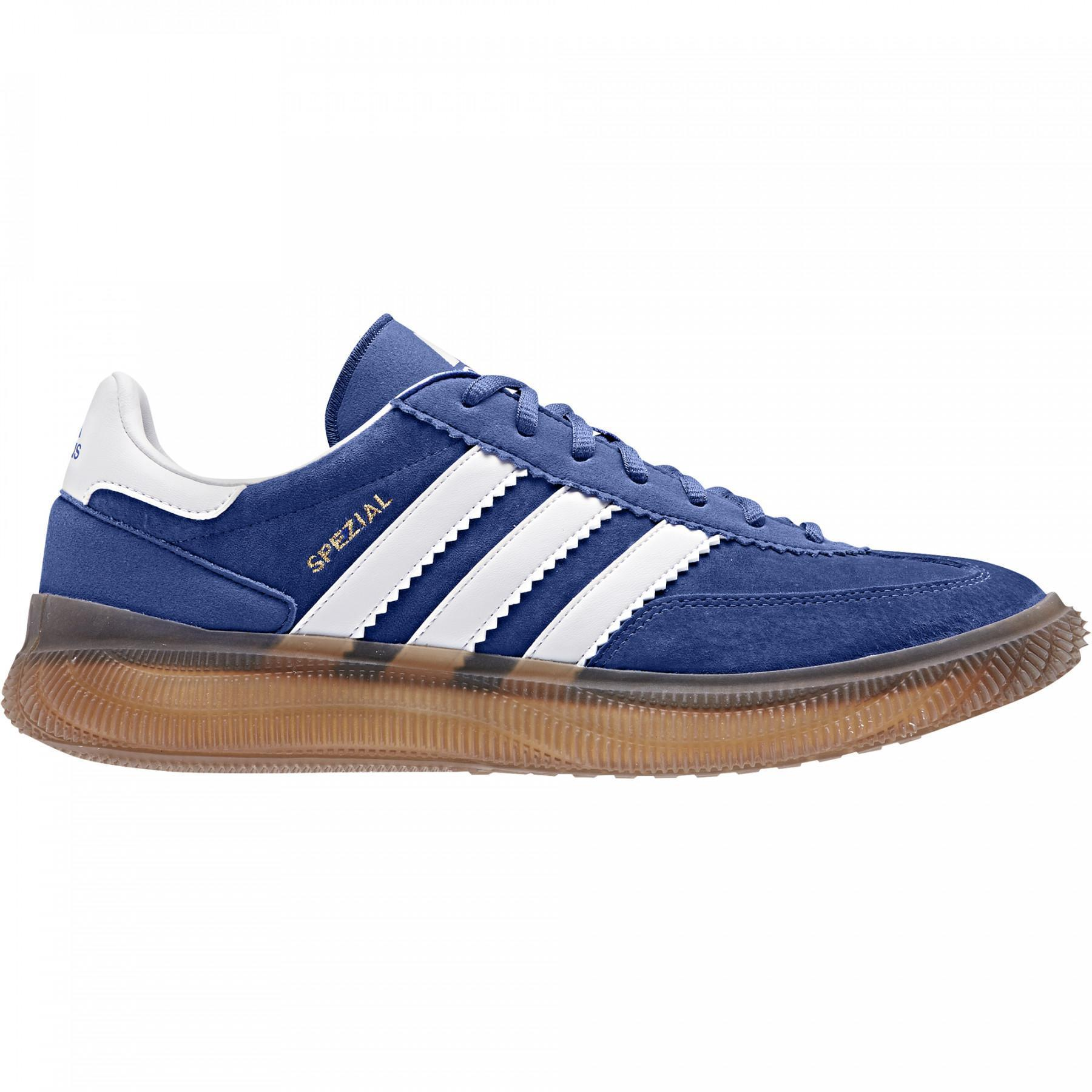 Shoes adidas Spezial Boost