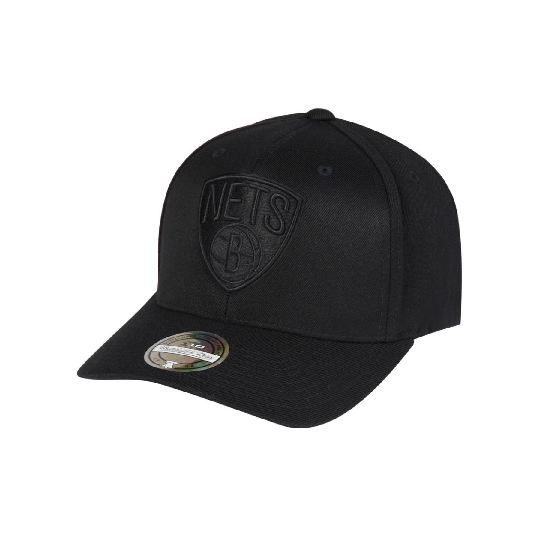Brooklyn Nets cap blk/wht logo 110