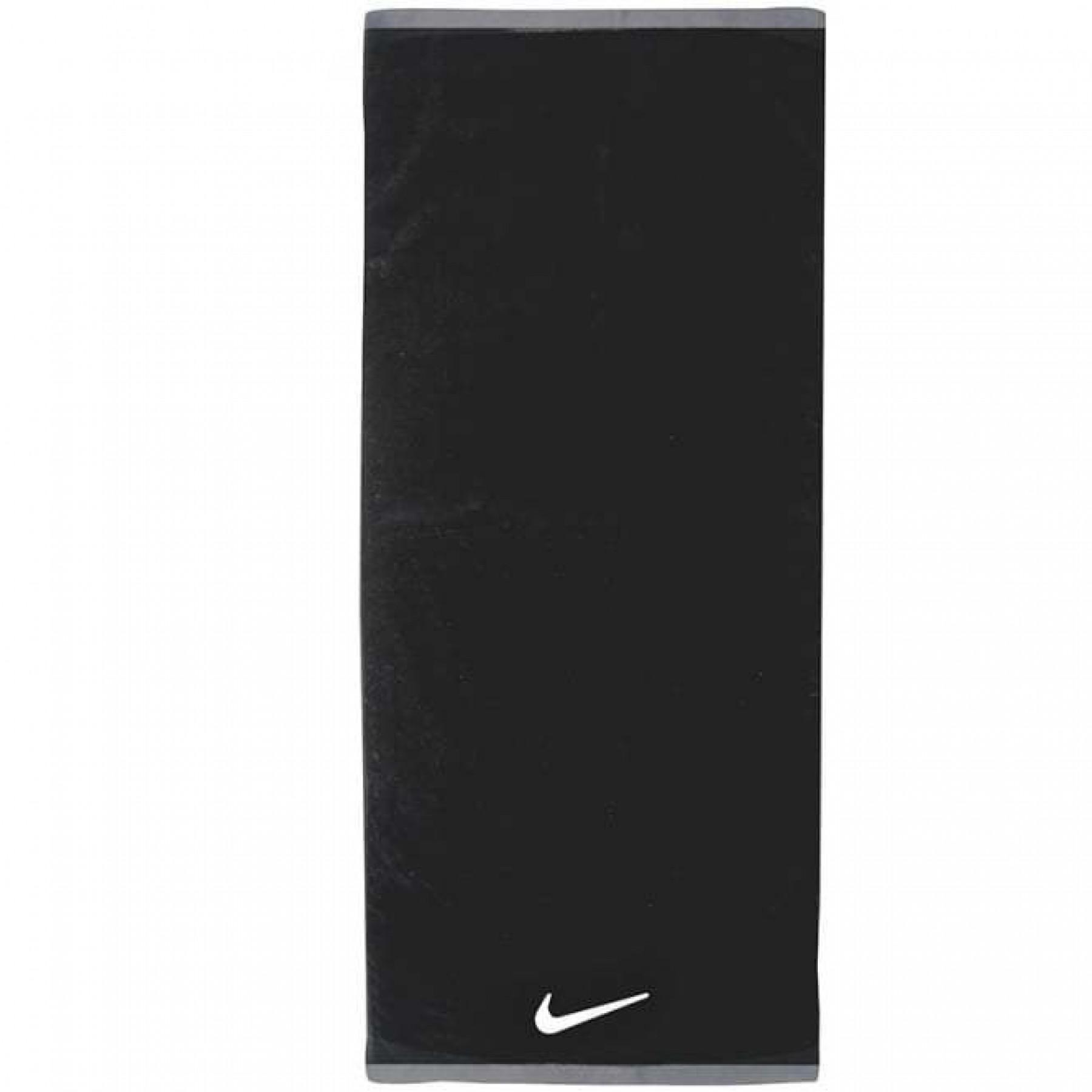 Nike Fundamental Towel (L)