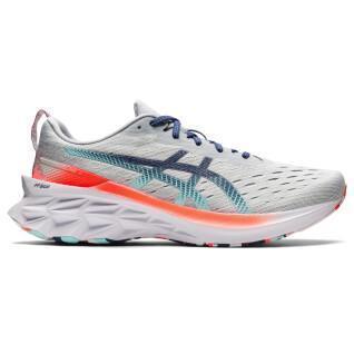 Shoes Asics Novablast 2