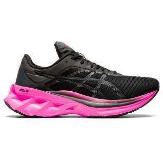 Women's shoes Asics Novablast