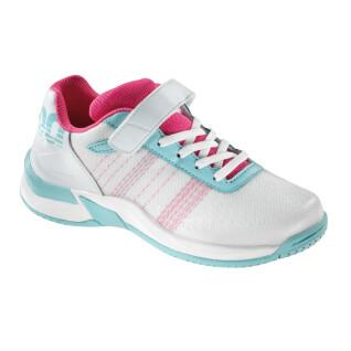 Junior shoes without Velcro attack contender Kempa
