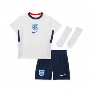 Mini baby kit at home Angleterre 2020