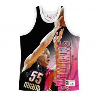 Jersey Miami Heats behind the back