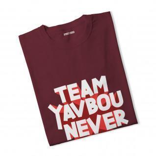 T-shirt woman Yavbou never dies